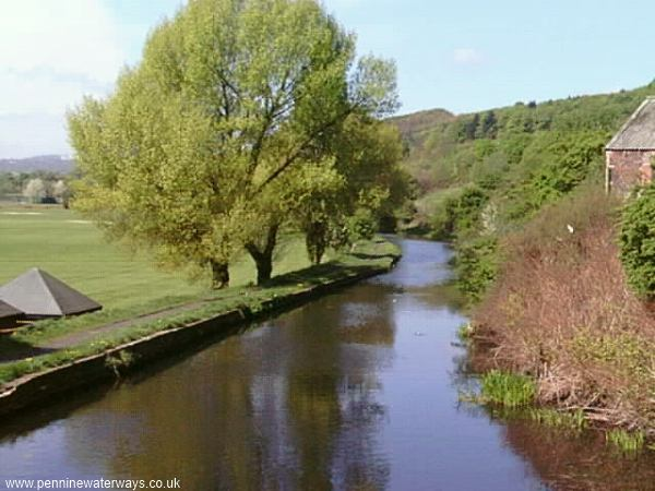 Whittaker Bridge, Huddersfield Broad Canal