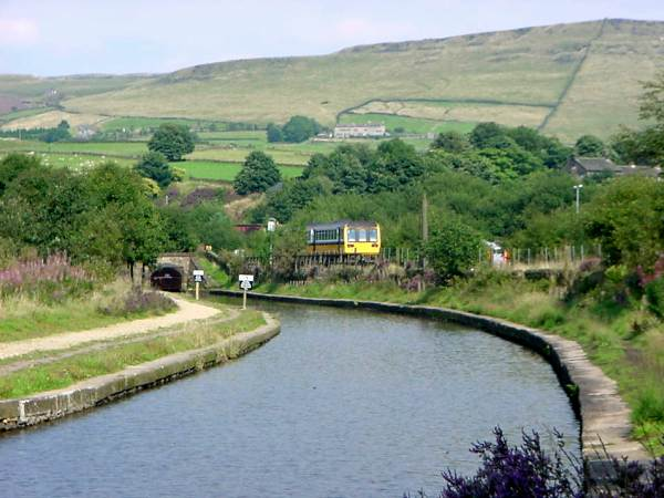 Top level, Huddersfield Narrow Canal, Saddleworth