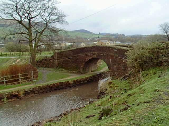 Division Bridge, Huddersfield Narrow Canal, Mossley