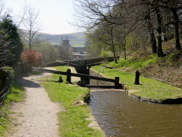 Lock 20w, Huddersfield Narrow Canal, Greenfield, Saddleworth