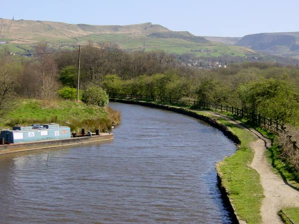 Mann's Wharf Bridge, Huddersfield Narrow Canal, Greenfield, Saddleworth