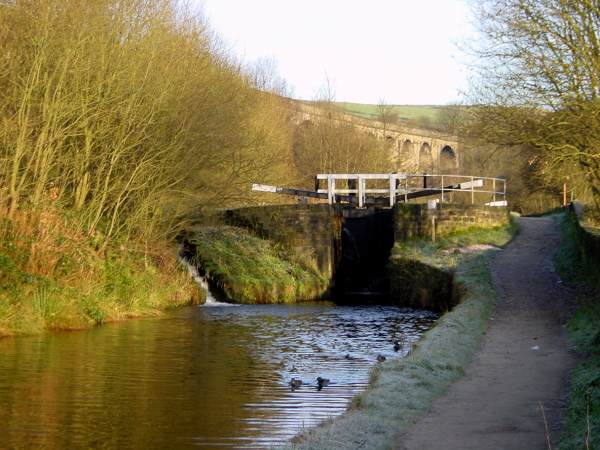 Lock 22 W, Huddersfield Narrow Canal, Saddleworth