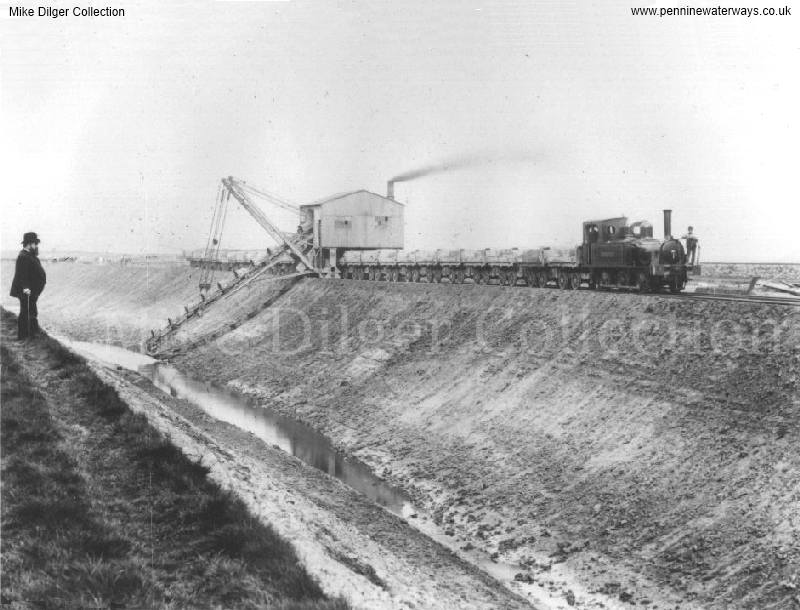 spoil conveyor - photo: Mike Dilger Collection