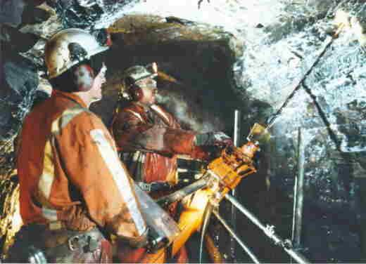 Restoring Standedge Tunnel Huddersfield Narrow Canal