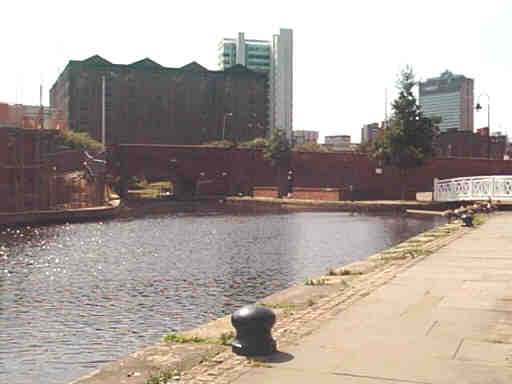 History Of The Ashton Canal