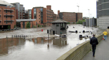 Flooding at Leeds Lock, photo: BW