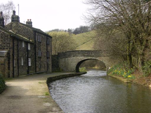 Virtual Journey Along The Rochdale Canal Sowerby Bridge